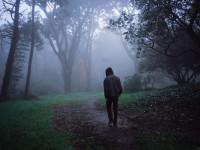 खुद को खोने के डर में